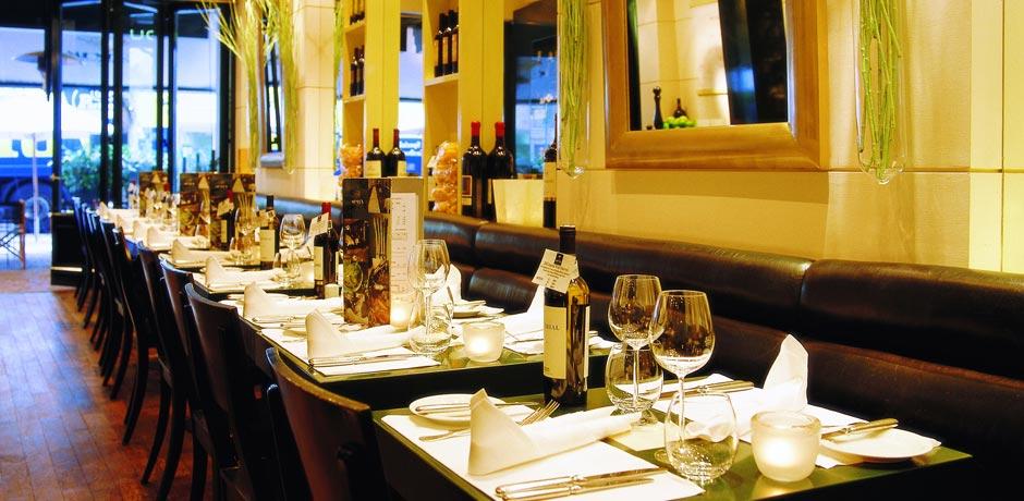 meyer frankfurt meyer 39 s restaurant meyer frankfurt. Black Bedroom Furniture Sets. Home Design Ideas