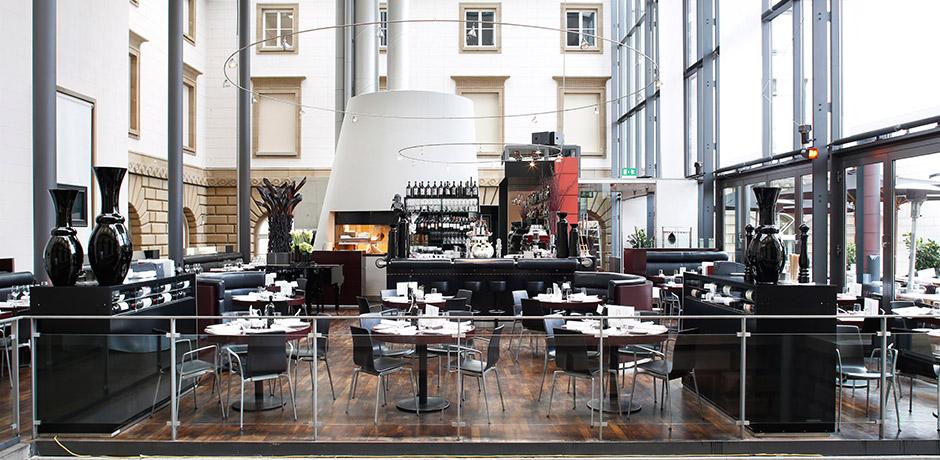 meyer frankfurt holbein s restaurant im st del meyer frankfurt. Black Bedroom Furniture Sets. Home Design Ideas